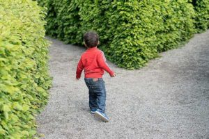 how to teach your child to think for themselves   The Apple Tree Learning Center